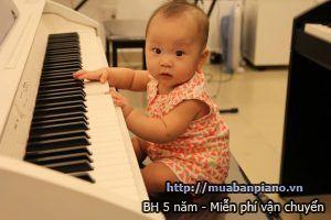 Tre-bao-nhieu-tuoi-co-the-hoc-dan-piano