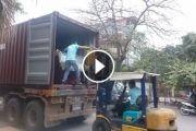 Video clip container đàn piano nhật bản vừa về Hà Nội