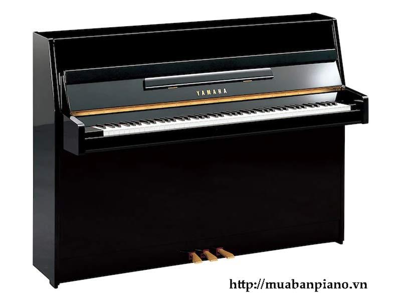 Đàn Piano YU109 Yamaha