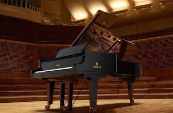đàn Piano cơ Yamaha